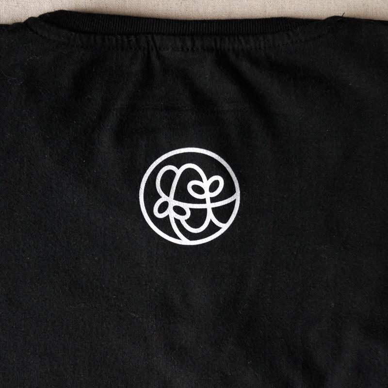 Custom T-Shirt・背紋・白吹きプリント